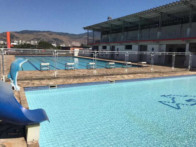 piscina da escola