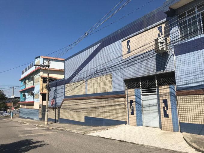 fachada da escola Gonçalves dias