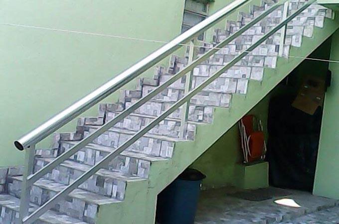Guarda corpo para escada com grade